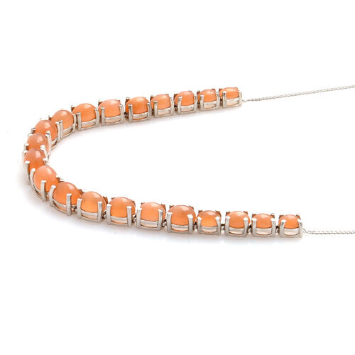 Mitiyagoda Peach Moonstone (Ovl) Necklace (Size 18) in Platinum Overlay Sterling Silver 22.750 Ct.