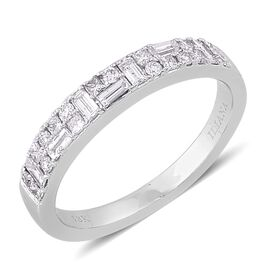 ILIANA 18K White Gold IGI Certified 0.50 Carat Diamond Ring (SI/G-H) Princess Round and Baguettes.