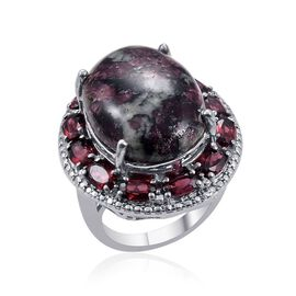 Russian Eudialyte (Ovl 12.50 Ct), Rhodolite Garnet and Diamond Ring in Platinum Bond 16.790 Ct.