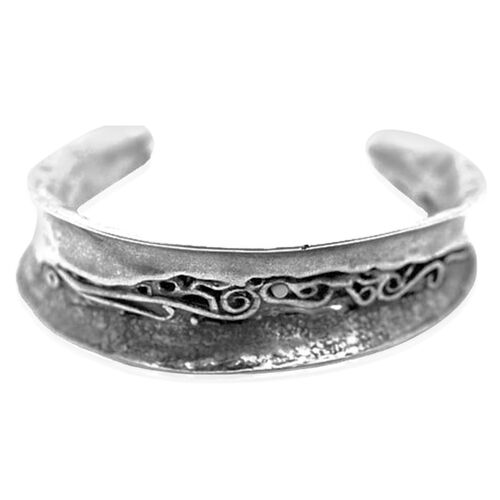 Thai Sterling Silver Cuff Bangle (Size 7.5), Silver wt 21.00 Gms.