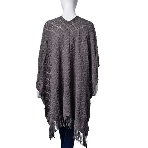 Checks Pattern Grey Colour Kimono with Tassels (Size 95x75 Cm)