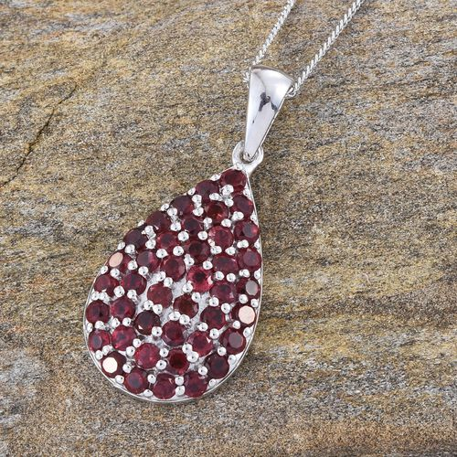 Mahenge Spinel (Rnd) Pendant With Chain in Platinum Overlay Sterling Silver 1.900 Ct.