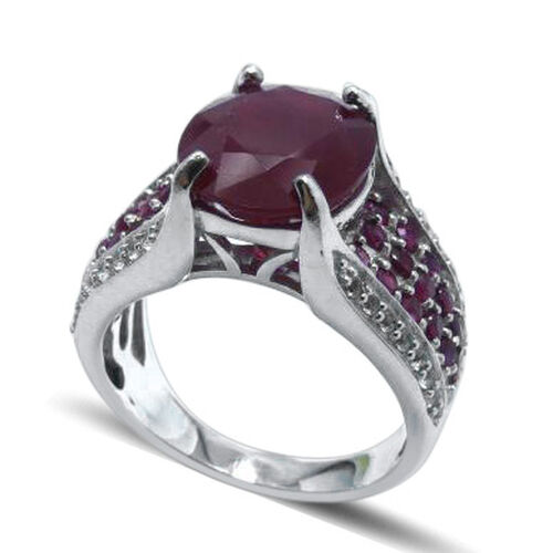 AAA African Ruby (Ovl 6.50 Ct), Burmese Ruby and White Topaz Ring in Rhodium Plated Sterling Silver 8.000 Ct.