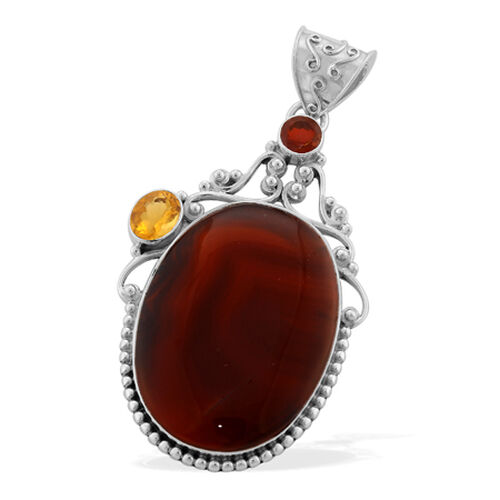 Enhanced Red Onyx (Ovl 57.25 Ct), Citrine and Mozambique Garnet Pendant in Sterling Silver 61.750 Ct.