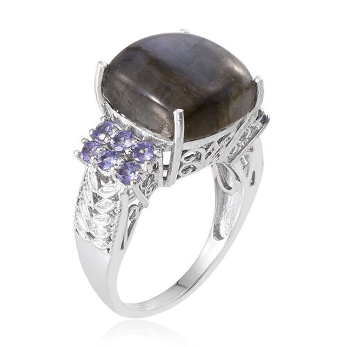Labradorite (Cush 8.50 Ct), Tanzanite Ring in Platinum Overlay Sterling Silver 9.500 Ct.
