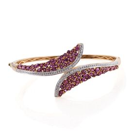 Rare Mozambique Grape Colour Garnet (Rnd) Bangle (Size 7.5) in 14K Gold Overlay Sterling Silver 7.000 Ct.Silver Wt 21.00 Gms