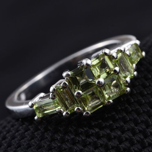 AA Hebei Peridot (Sqr) Ring in Platinum Overlay Sterling Silver 1.250 Ct.