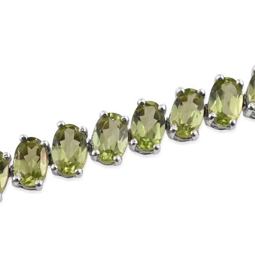 AA Hebei Peridot (Ovl) Bracelet (Size 7.5) in Platinum Overlay Sterling Silver 16.000 Ct.