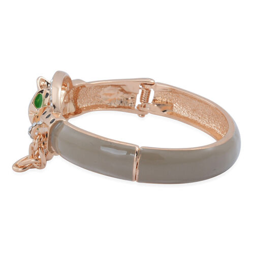 White Austrian Crystal Enameled Leopard Head Bangle (Size 7.5) in Gold Tone