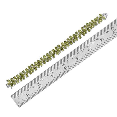 AA Hebei Peridot (Pear), White Topaz Bracelet (Size 8) in Platinum Overlay Sterling Silver 41.250 Ct.