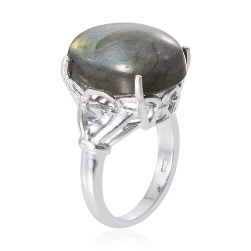 Labradorite (Ovl 12.75 Ct), Sky Blue Topaz Ring in Platinum Overlay Sterling Silver 13.750 Ct.