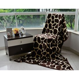 Superfine Microfibre Flannel Printed Blanket Chocolate and Multi Colour Giraffe Style (Size 150x200 Cm)