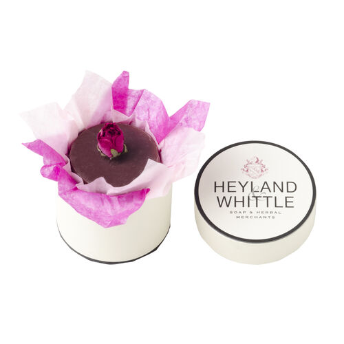 Heyland and Whittle Handmade and Natural Bed of Roses Hat Soap Box (25.00 Gms.)