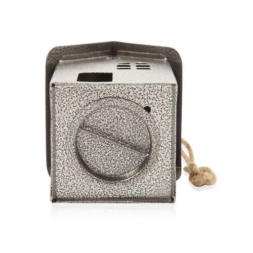 Hut Style Metal Tea Light Holder