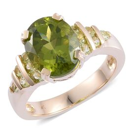 9K Y Gold AAA Hebei Peridot (Ovl 3.50 Ct) Ring 4.000 Ct.