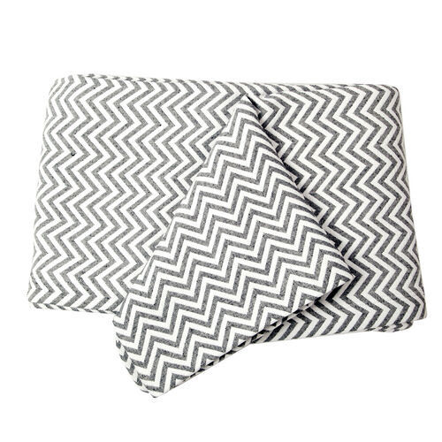 Woven in Portugal Doubleface Pique Bedspread Zigzag Grey-White 240x260 cm 80% Egyptian Cotton 20% Polyester for strength.