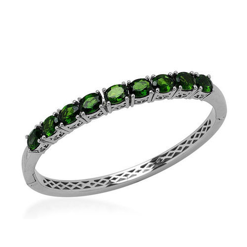 AAA Russian Diopside (Ovl) Bangle (Size 7.5) in Rhodium Plated Sterling Silver 8.500 Ct.