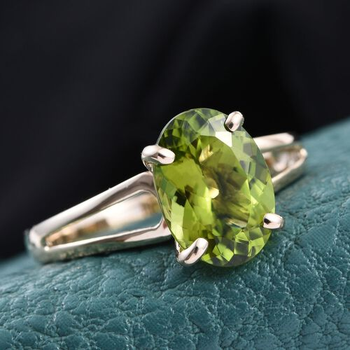 9K Y Gold AAA Hebei Peridot (Ovl) Solitaire Ring 3.750 Ct.