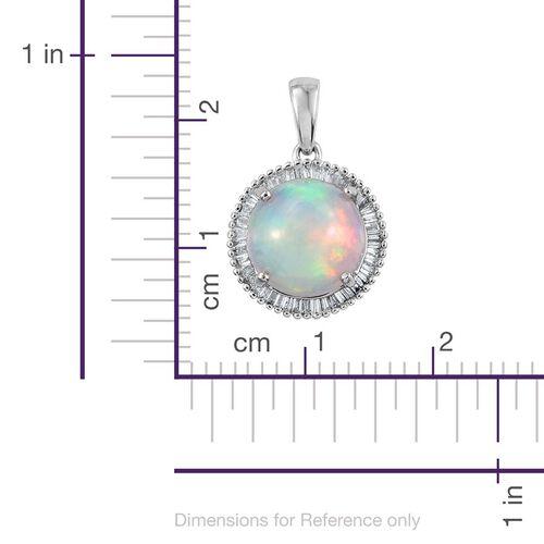 ILIANA 18K W Gold AAAA Ethiopian Welo Opal (Rnd 2.50 Ct), Diamond Pendant 2.750 Ct.