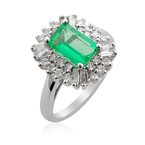 ILIANA Boyaca Colombian Emerald (1.485 Ct) and Diamond 18K W Gold Ring  2.510 Ct.