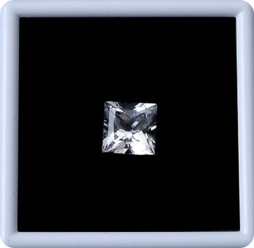 White Topaz (Sqr 10 mm Faceted 2A) 5.530 Ct.