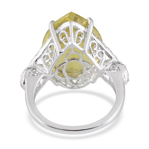 Brazilian Green Gold Quartz (Pear 15.00 Ct), Diamond Ring in Platinum Overlay Sterling Silver 15.030 Ct.