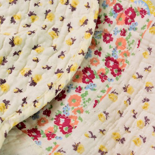 100% Cotton White, Yellow and Multi Colour Floral and Paisley Printed Cream Colour Quilt (Size 250X220 Cm) with 2 Shams (Size 70X50 Cm)