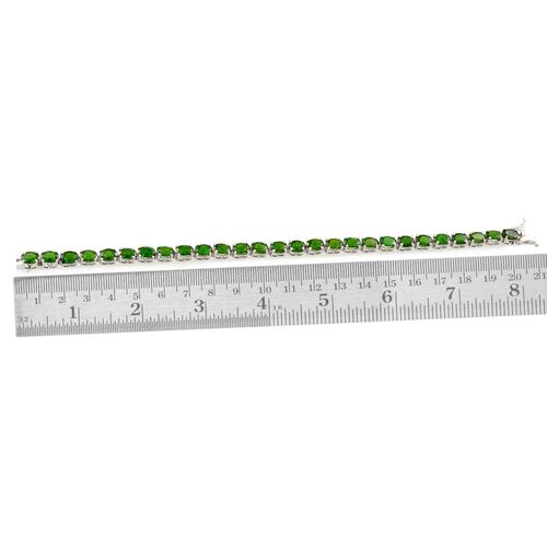 Russian Diopside (Ovl) Bracelet in Platinum Overlay Sterling Silver (Size 8) 17.500 Ct.