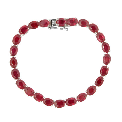 African Ruby (26.40 Ct) Sterling Silver Bracelet (Size 7.25)  26.400  Ct.