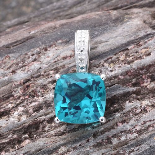 Capri Blue Quartz (Cush 4.75 Ct), Diamond Pendant in Sterling Silver 4.760 Ct.