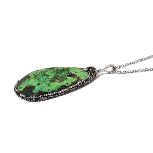 Dyed Green Agate, Black and White Austrian Crystal Pendant With Chain (Size 36) in Silver Tone with Stainless Steel 130.000 Ct.