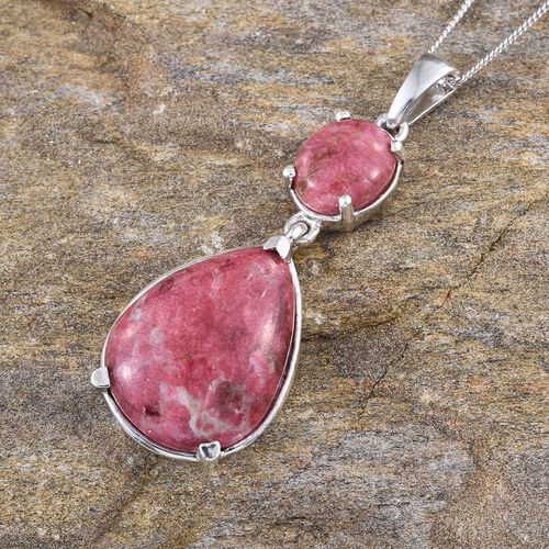 Norwegian Thulite (Pear 16.00 Ct) Pendant With Chain in Platinum Overlay Sterling Silver 19.000 Ct.