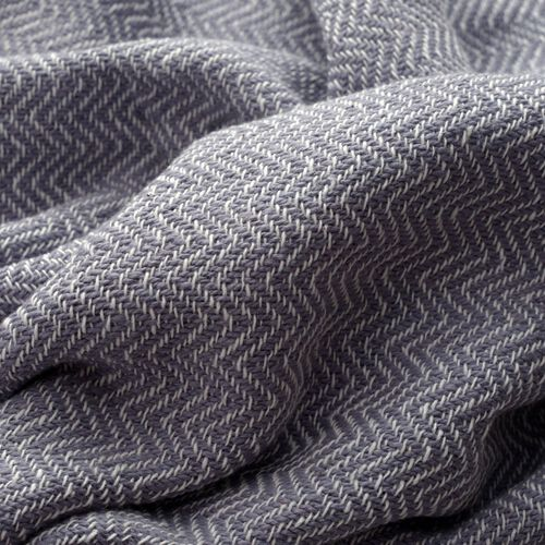 100% Cotton Chevron Pattern Light Grey Colour Plaid with Fringes (Size 160x130 Cm)