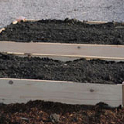 How to Calculate Soil Volume in Raised Beds - Soil Calculator