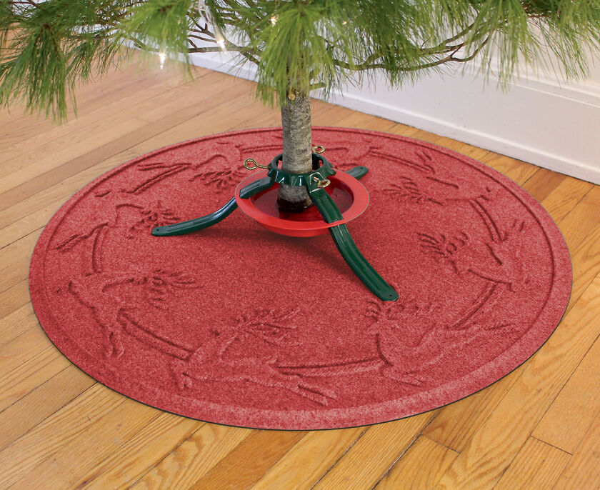 Christmas Tree Mat Is A Water Glutton