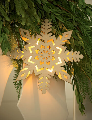 Pre-Lit Wooden Snowflake A