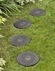 Patterned Rubber Stepping Stones