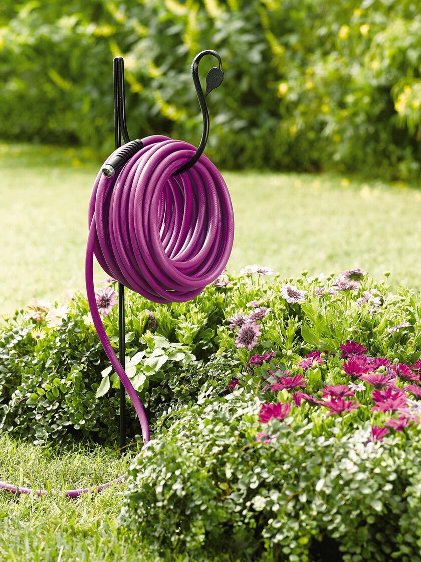 Hose Holder Hose Butler Hose Hanger Gardener S Supply