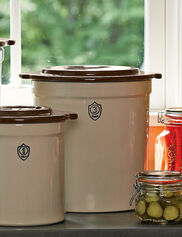 3-Gallon Stoneware Pickling Crock