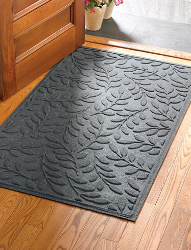 "Laurel Leaf Water Glutton Doormat, 36"" x 59"""