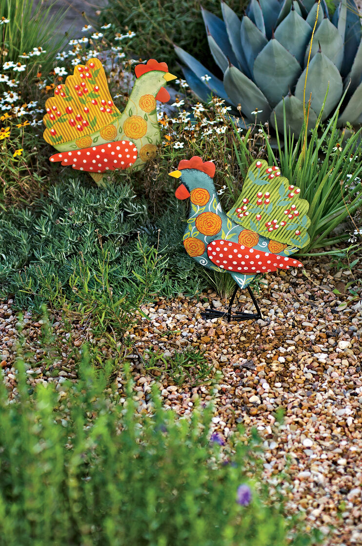 Metal yard art calico chicken stakes set of 2 for Outdoor decorative items