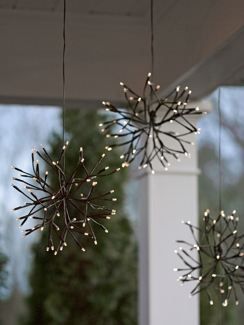 Lighted branches led winter branch starburst battery for Decoration exterieur led