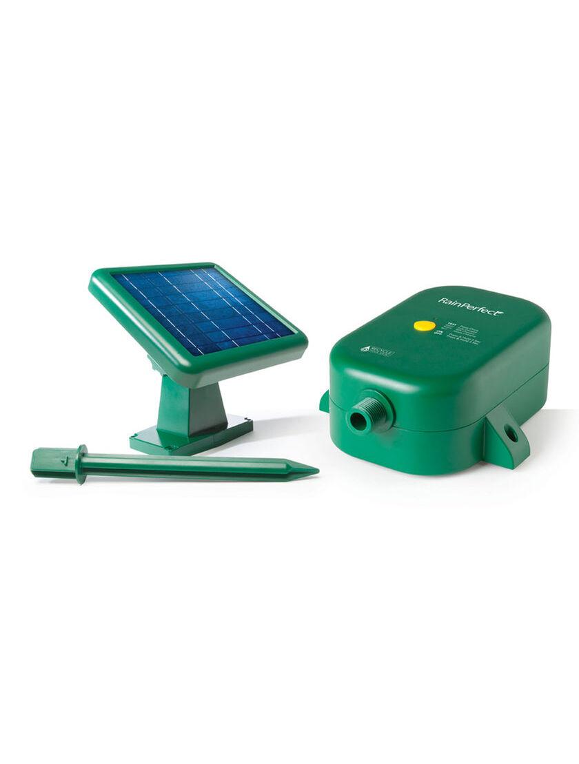 Solar Water Pump: Rain Barrel Solar Water Pump