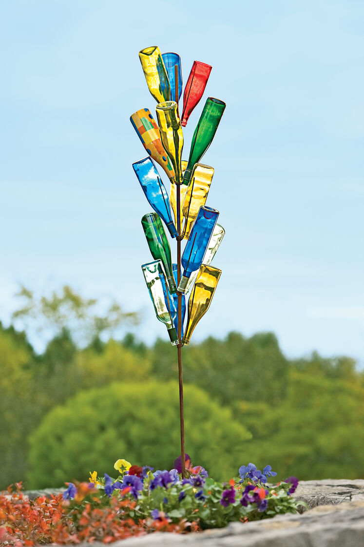 Bottle tree bottletree wine bottle tree gardener 39 s supply for How to make a wine tree
