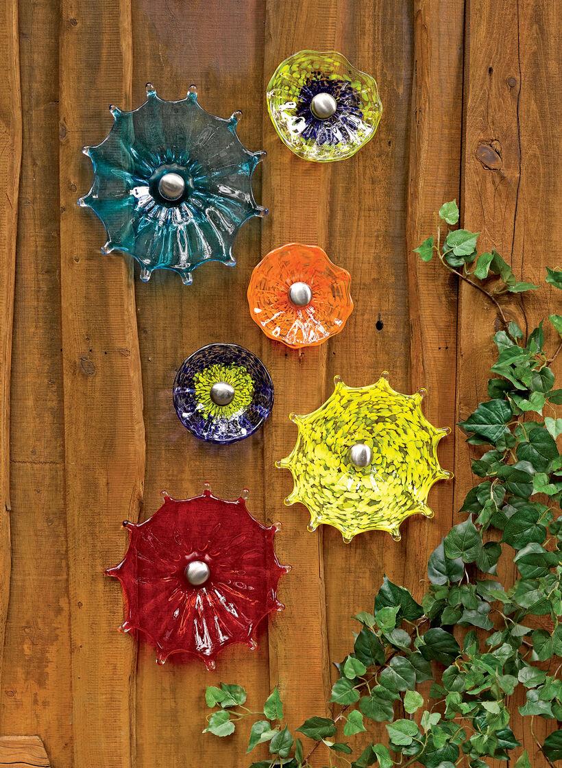 Viz Glass Fence Flower 5 Quot Glass Garden Art Gardeners Com