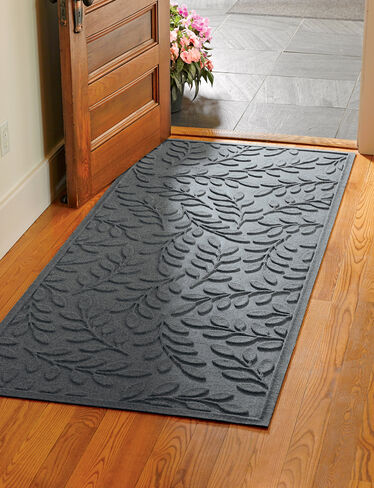 "Laurel Leaf Water Glutton Runner Mat, 35"" x 84"""
