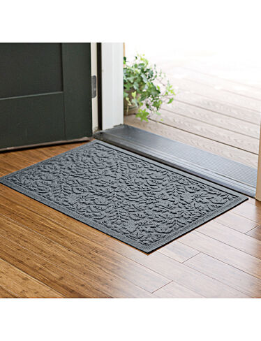 "Fall Leaves Water Glutton Doormat, 22"" x 32"""