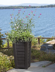 Lakeland Self-Watering Patio Planter
