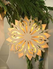Pre-Lit Wooden Snowflake B