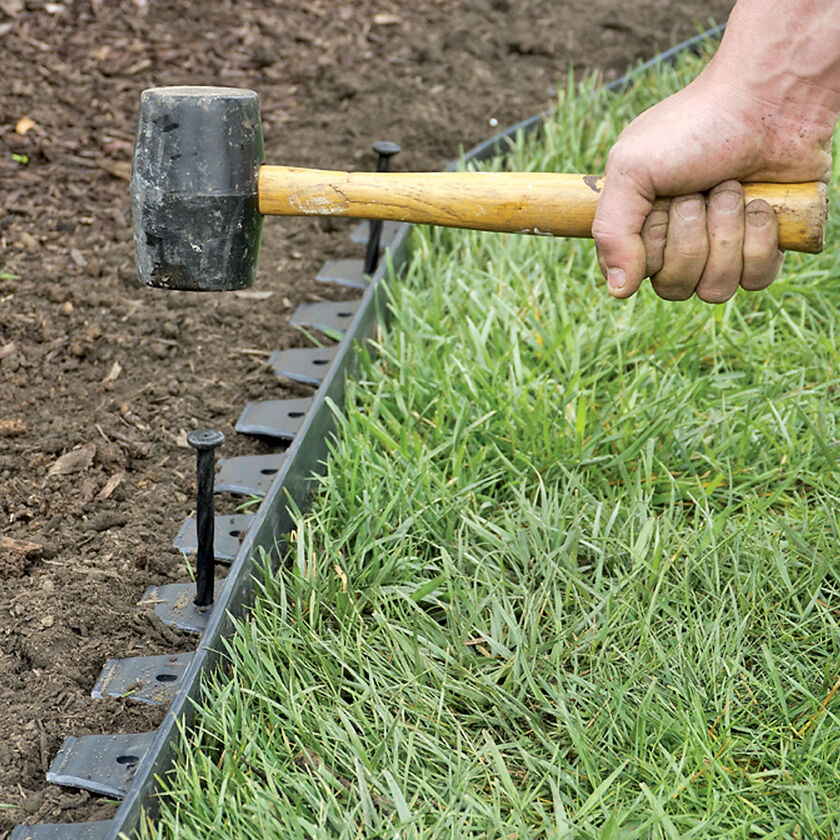 Easyflex no dig garden edging 50 39 metal landscaping edging for Easy to maintain garden borders
